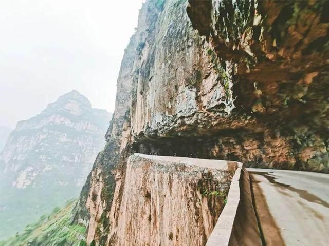 太行山·挂壁公路 I 穿行于壁立千仞的悬崖之上-34.jpg