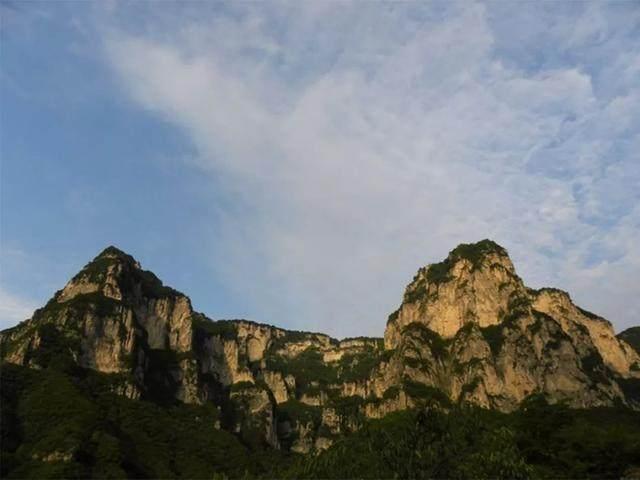 太行山·挂壁公路 I 穿行于壁立千仞的悬崖之上-36.jpg