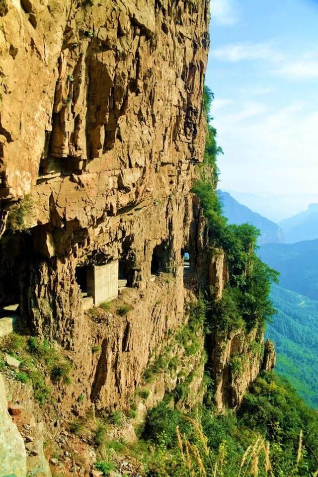 太行山·挂壁公路 I 穿行于壁立千仞的悬崖之上-49.jpg