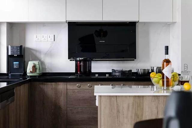 黑色+质朴灰,在住宅空间打造聚会空间   标点設計-7.jpg