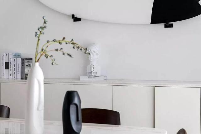黑色+质朴灰,在住宅空间打造聚会空间   标点設計-13.jpg