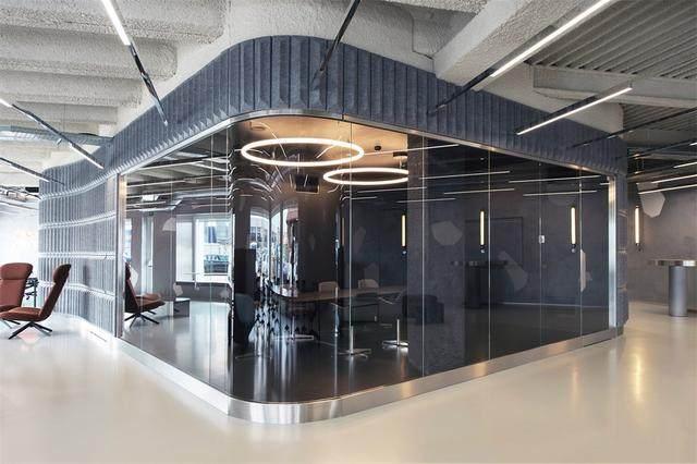 Visual Display l 意大利汽车销售公司Autostar联合办公室-5.jpg