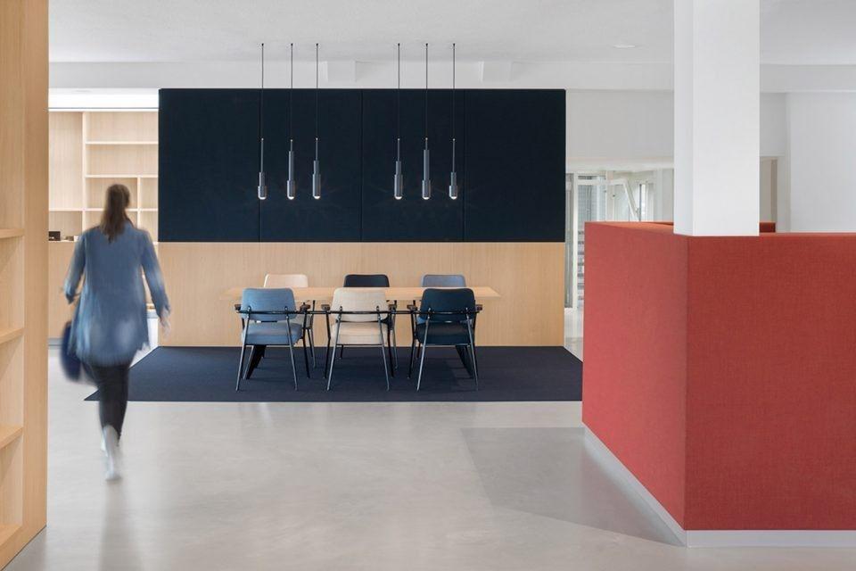 [分享贴-办公空间]荷兰国家信用中心_5.jpg