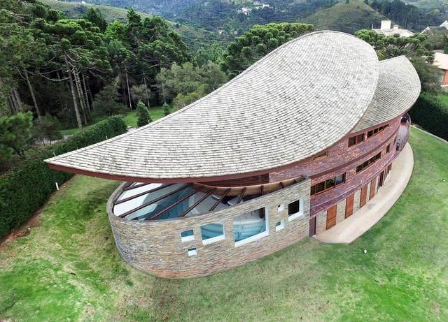 Pinhão 私宅,起翘的屋面-2.jpg