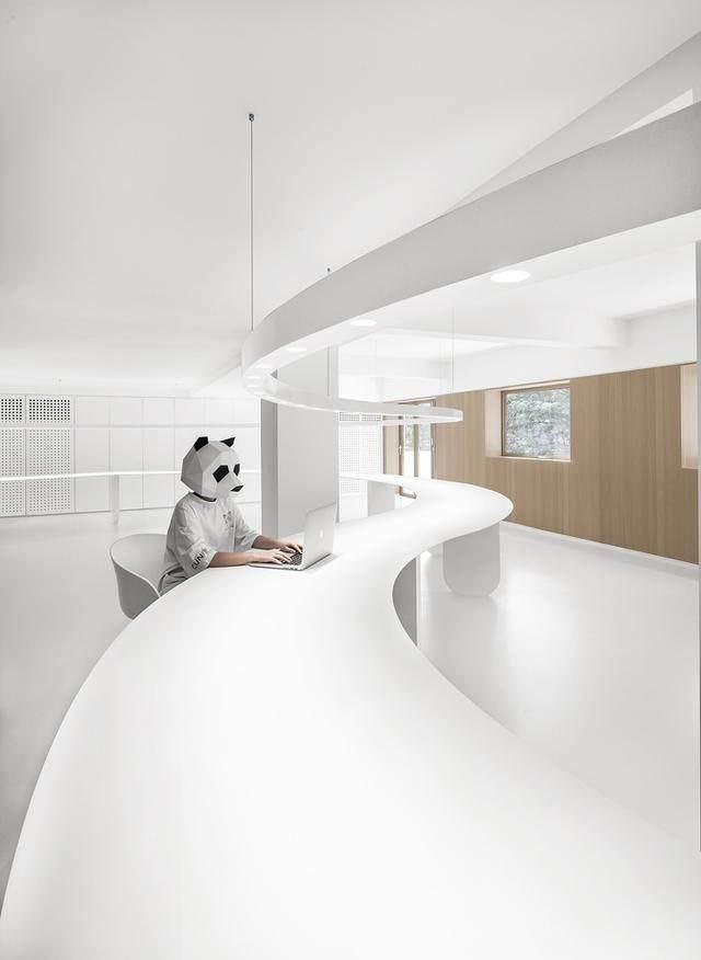 凝心聚力 寸匠熊猫建築設計厦门办公設計欣赏-3.jpg