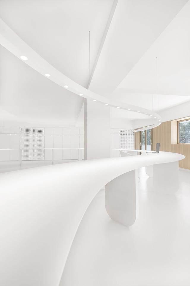 凝心聚力 寸匠熊猫建築設計厦门办公設計欣赏-24.jpg