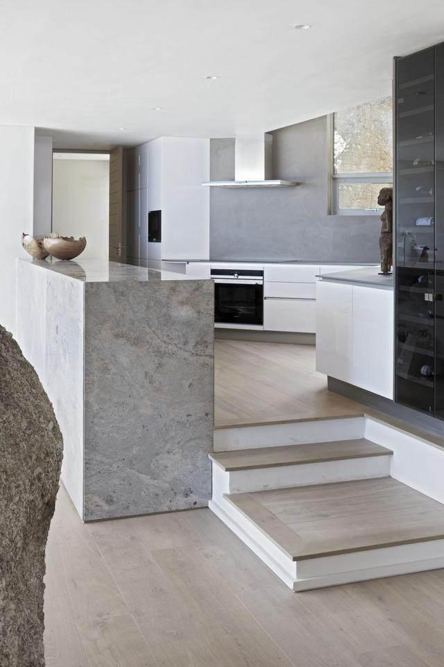 被壮丽景色包围的开普敦豪华住宅,与自然结合的现代新鲜感-11.jpg