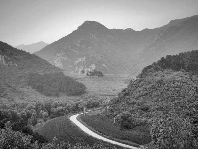 在京北3小时车程的山谷里体验一次真实的纪念碑谷-2.jpg