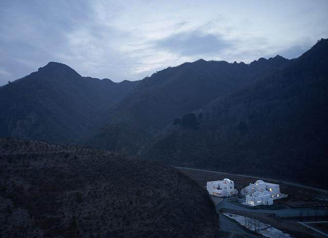 在京北3小时车程的山谷里体验一次真实的纪念碑谷-5.jpg