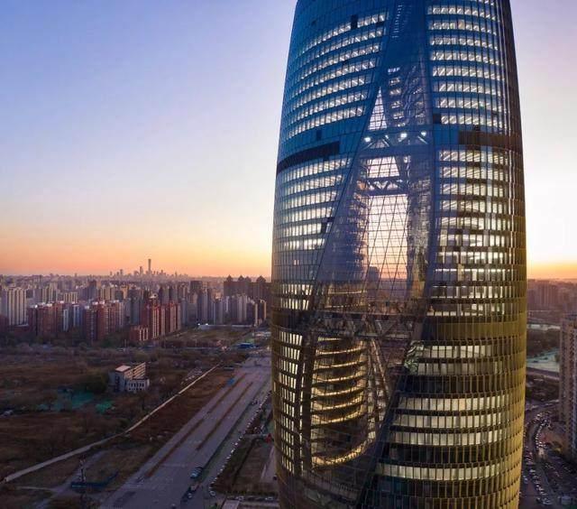 丽泽SOHO获最佳高层建築奖,建築极具幻想和超现实主义設計-1.jpg