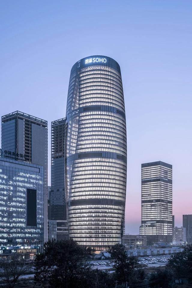 丽泽SOHO获最佳高层建築奖,建築极具幻想和超现实主义設計-7.jpg