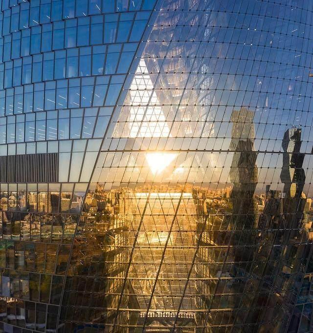 丽泽SOHO获最佳高层建築奖,建築极具幻想和超现实主义設計-10.jpg