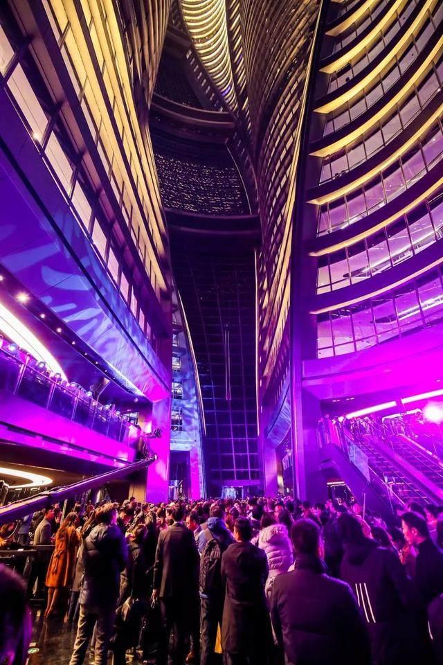 丽泽SOHO获最佳高层建築奖,建築极具幻想和超现实主义設計-23.jpg