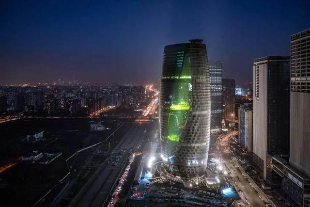 丽泽SOHO获最佳高层建築奖,建築极具幻想和超现实主义設計-32.jpg