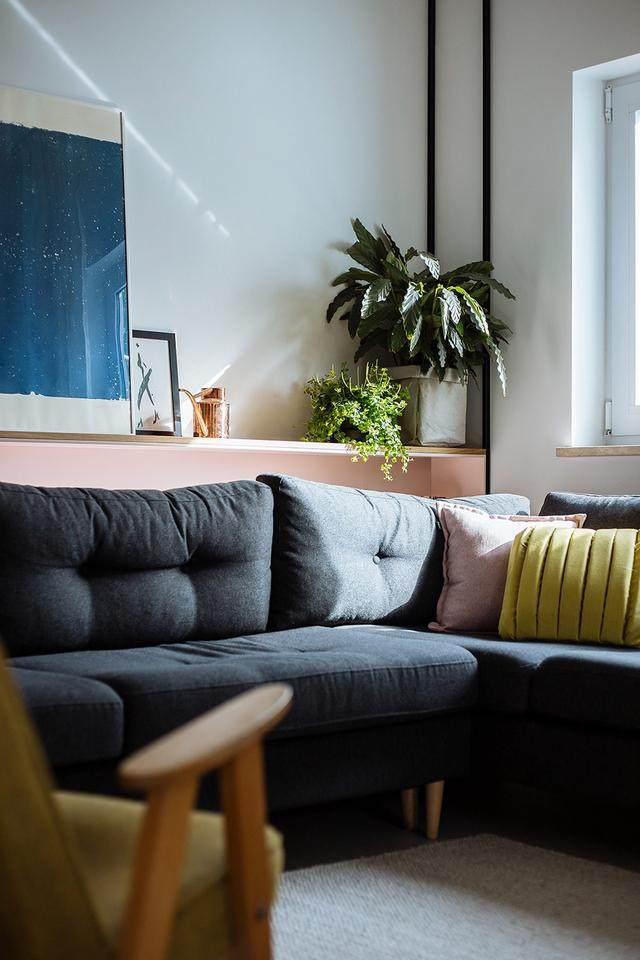 明亮简约的中世纪现代主义公寓,复古优雅的居住空间空间-2.jpg