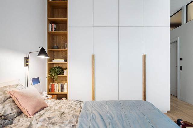 明亮简约的中世纪现代主义公寓,复古优雅的居住空间空间-15.jpg