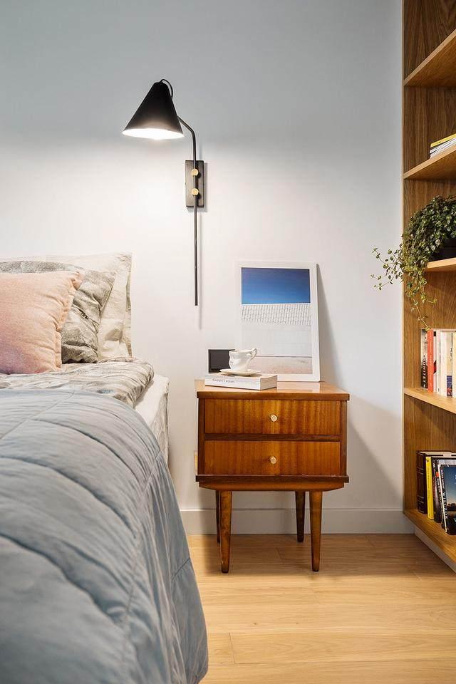 明亮简约的中世纪现代主义公寓,复古优雅的居住空间空间-16.jpg
