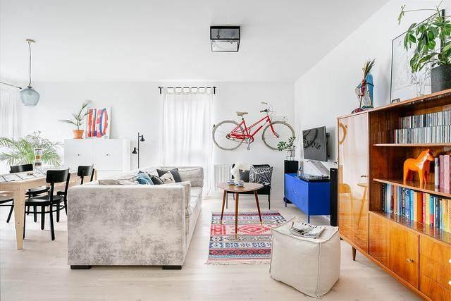 明亮简约的中世纪现代主义公寓,复古优雅的居住空间空间-23.jpg