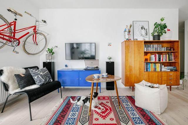 明亮简约的中世纪现代主义公寓,复古优雅的居住空间空间-24.jpg