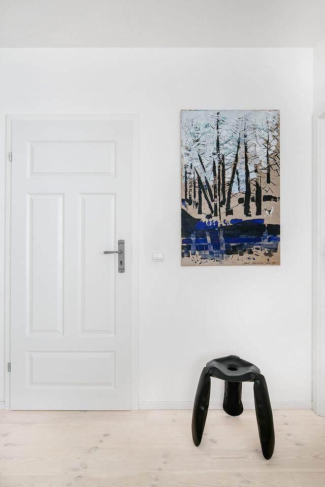 明亮简约的中世纪现代主义公寓,复古优雅的居住空间空间-31.jpg