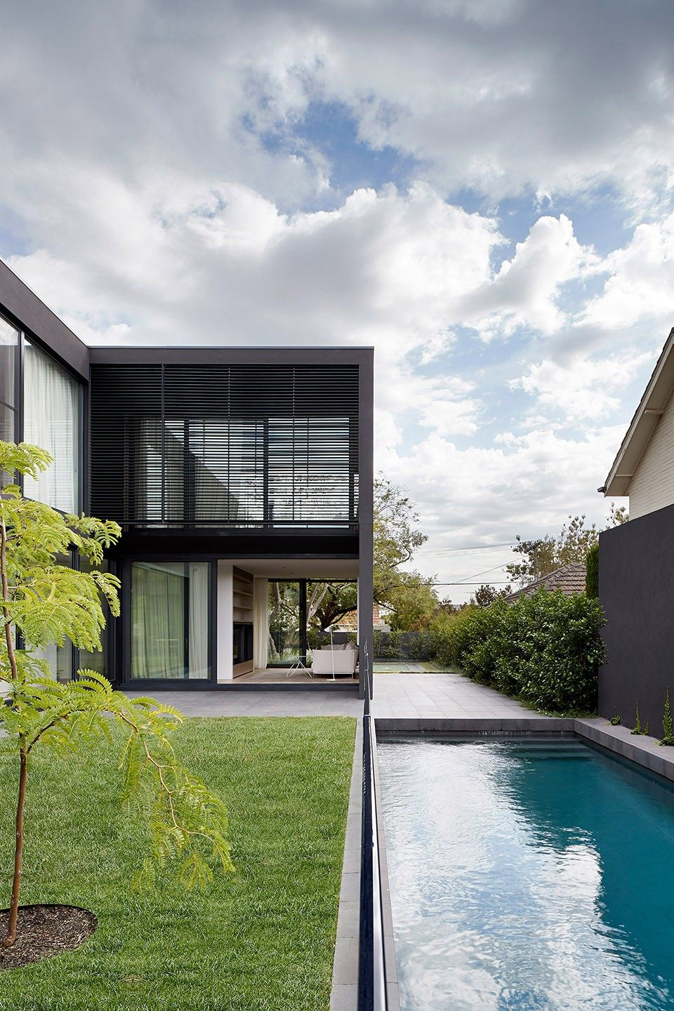 6-mayfield-avenue-residence-by-studiofour.jpg
