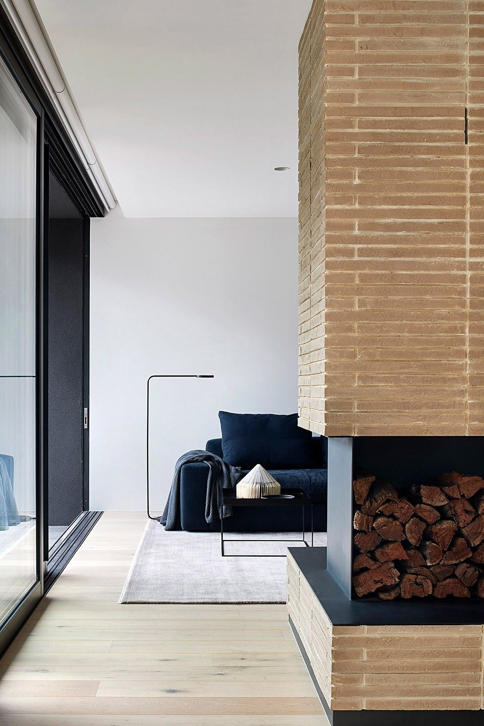 14-mayfield-avenue-residence-by-studiofour.jpg
