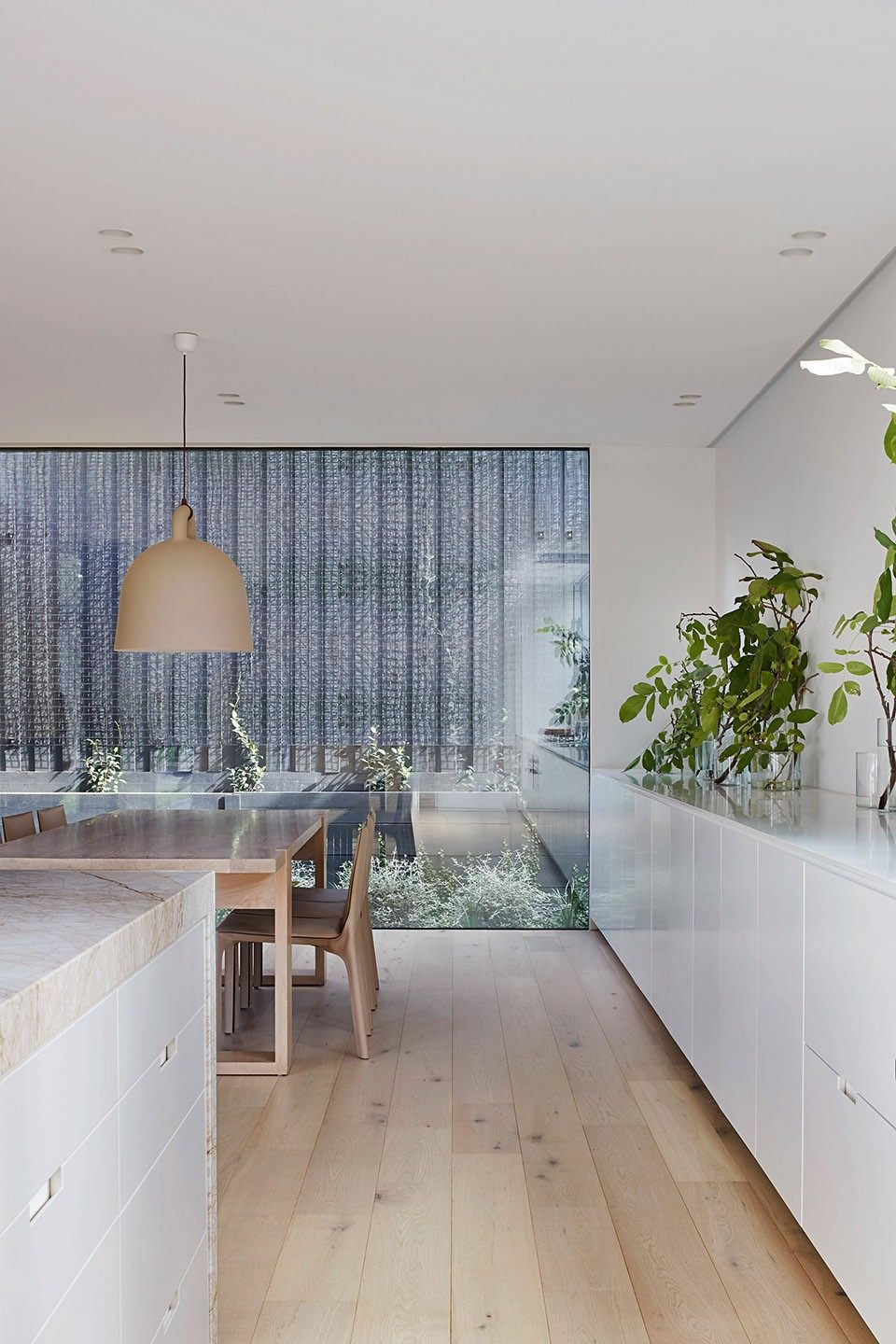 21-mayfield-avenue-residence-by-studiofour.jpg