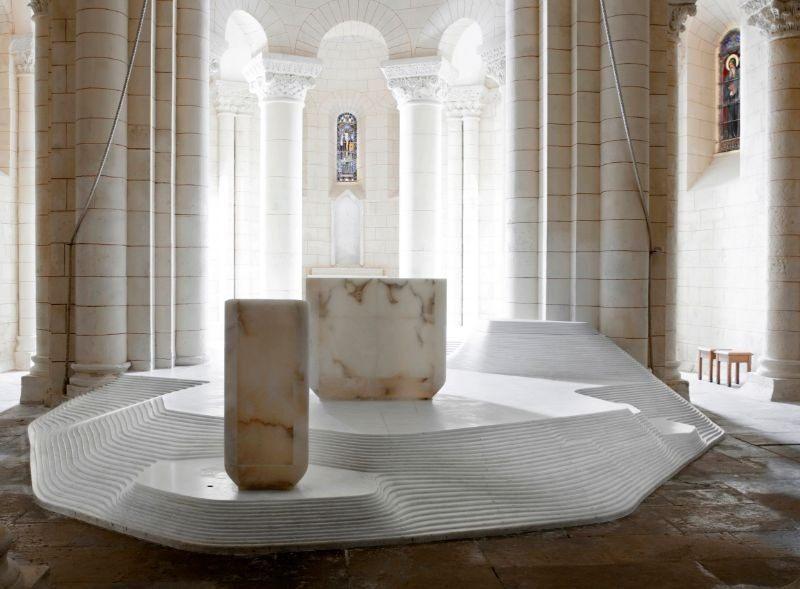 Architectural-Masterpiece-St.-Hilaire-Church-By-Mathieu-Lehanneur-3.jpg
