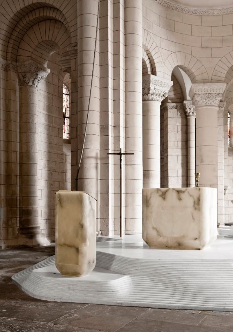 Architectural-Masterpiece-St.-Hilaire-Church-By-Mathieu-Lehanneur-8.jpg