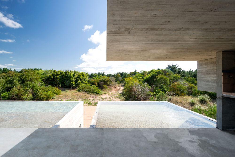 luciano_kruk_daniela_mac_adden_house_in_the_dune8.jpg
