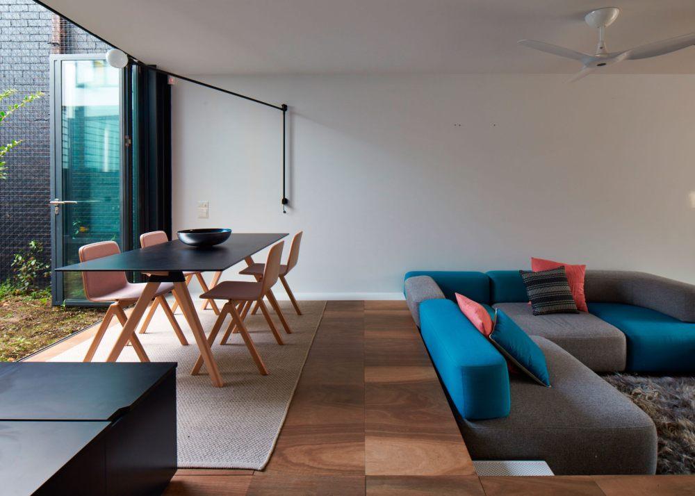austin_maynard_architects_peter_bennetts_mills_the_toy_management_house8.jpg