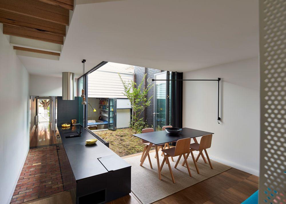 austin_maynard_architects_peter_bennetts_mills_the_toy_management_house9.jpg