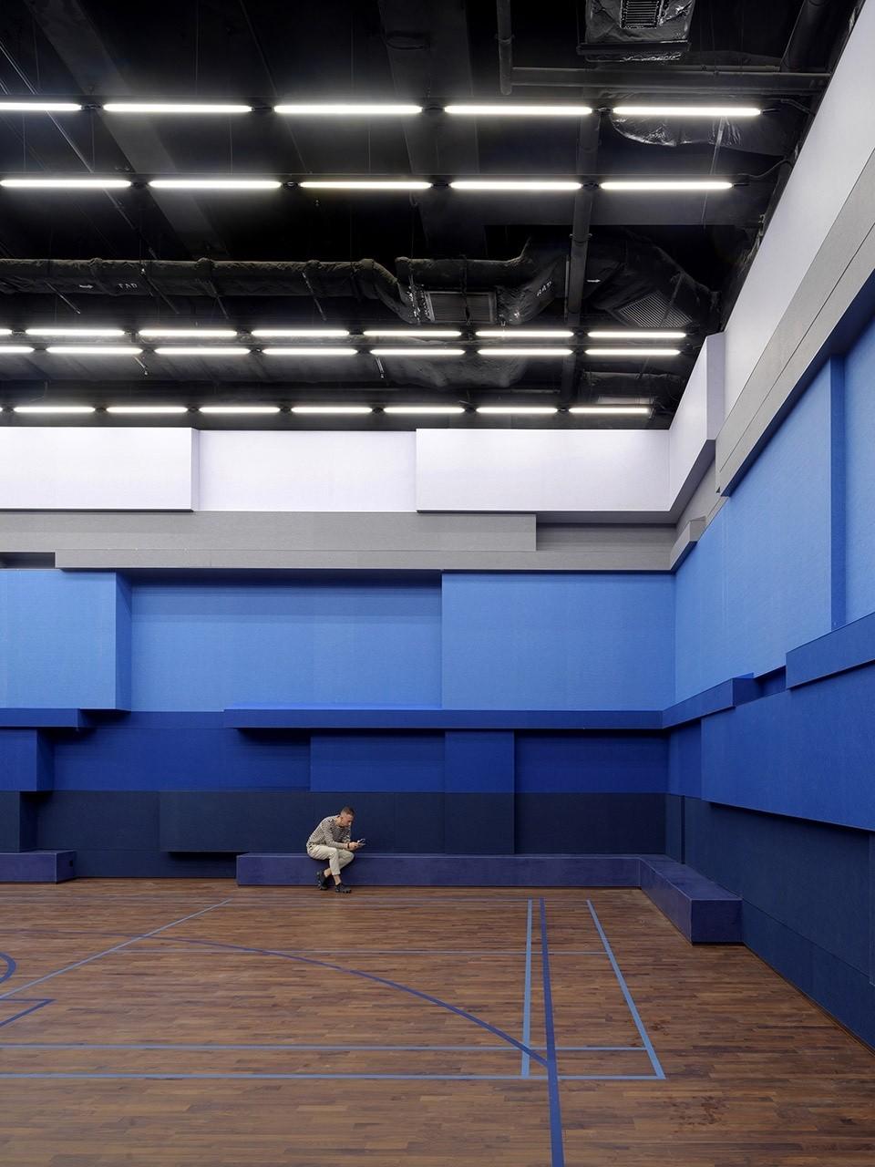 014-tseung-kwan-o-alto-residences-clubhouse-china-by-one-plus-partnership-960x1280.jpg