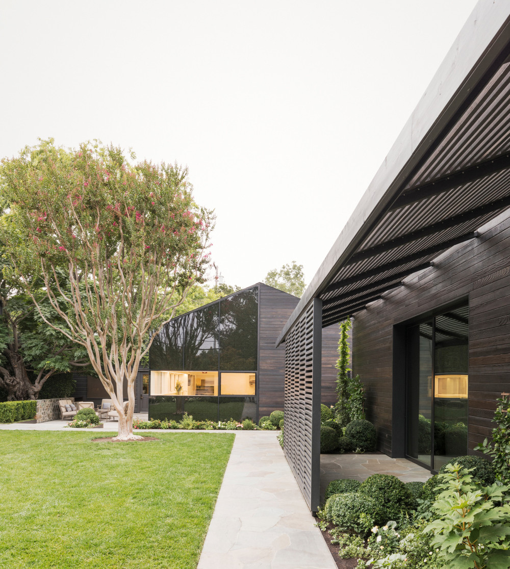 010-The-French-Laundry's-Kitchen-Expansion-and-Courtyard-Renovation-by-Snøhetta.jpg