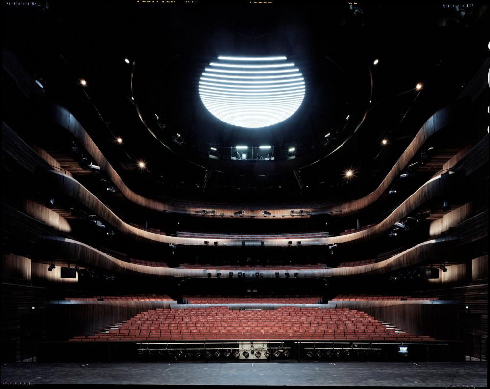 011-Norwegian-National-Opera-and-Ballet-By-Snøhetta.jpg