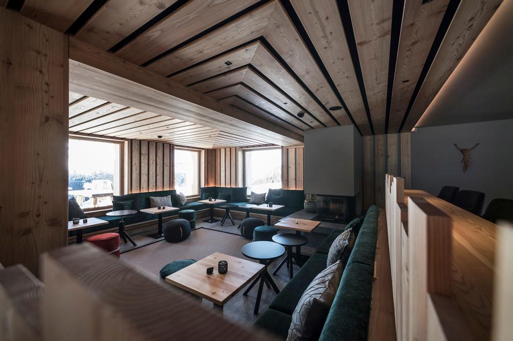 041-zallinger-hotel-by-noa.jpg