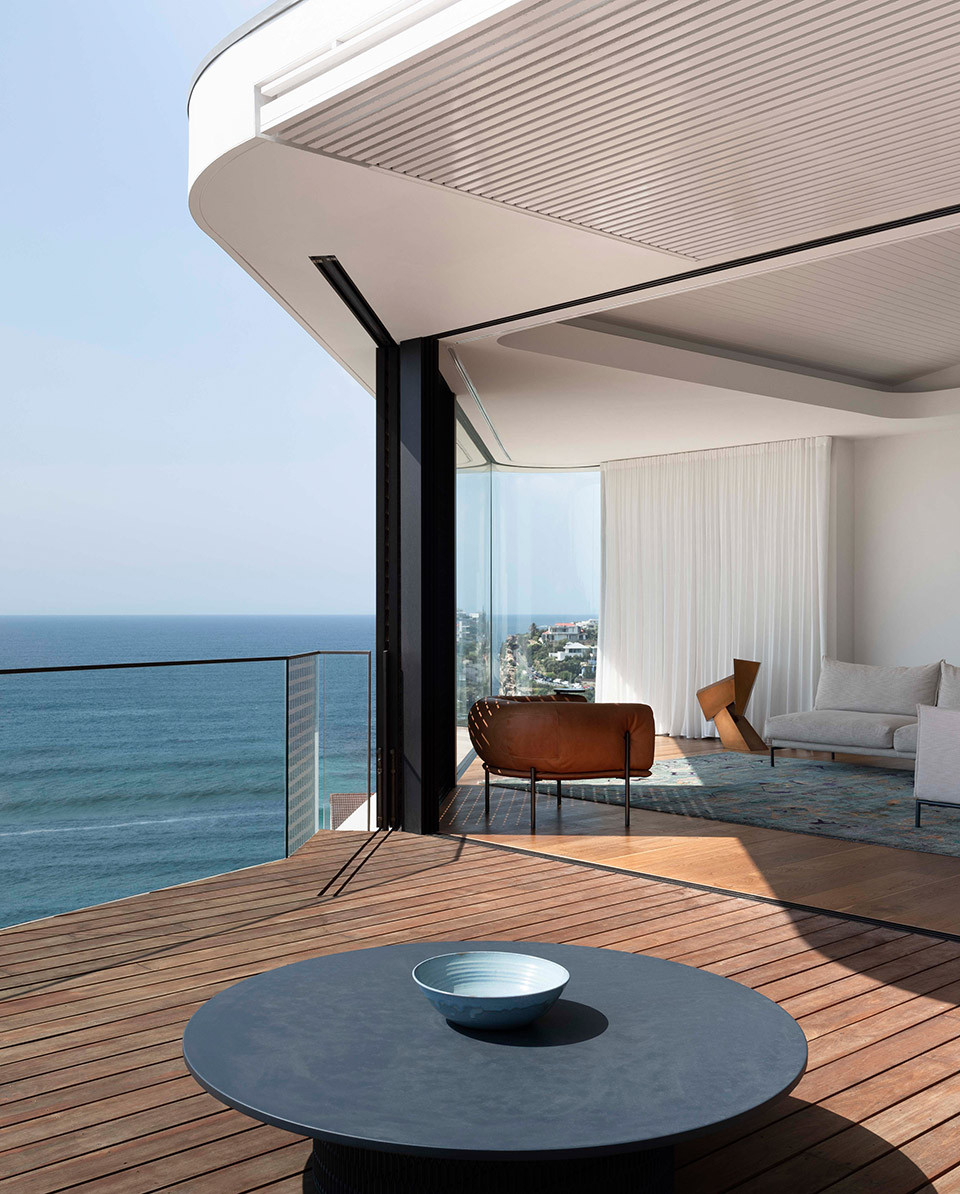 7-pacific-view-point-house-by-luigi-rosselli-architects.jpg