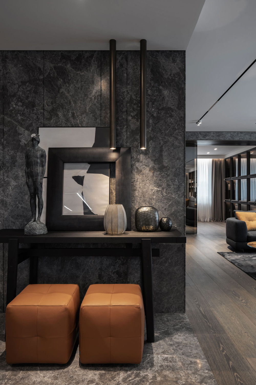 宝石和金属的折衷主义风格 / YODEZEEN Architects