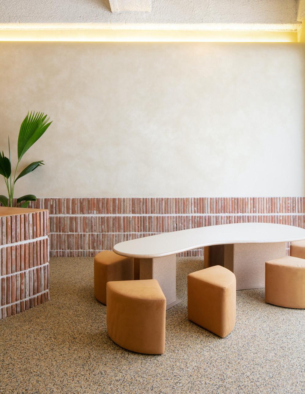 盎司住宅里的餐厅 Ounce House(由DESIGN5设计)
