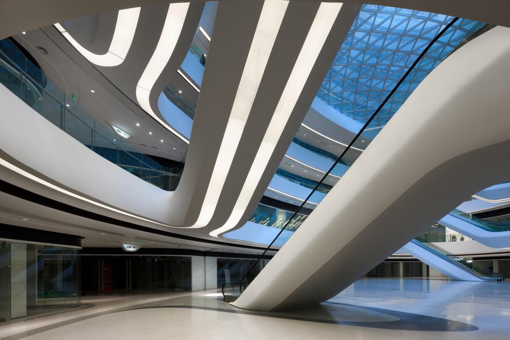 北京银河SOHO塔四商业区扶梯7.jpg