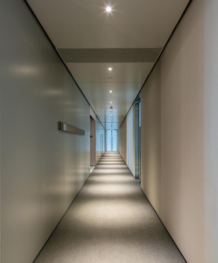 标准层走廊.jpg