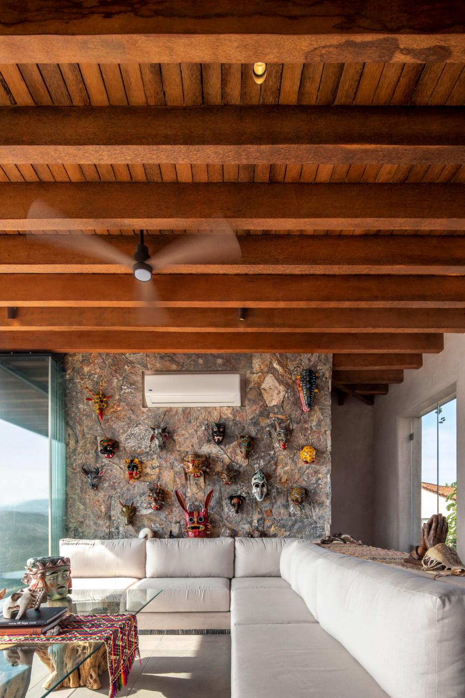 Zozaya Arquitectos 设计 | 米舍尔之家(Casa Mishel)