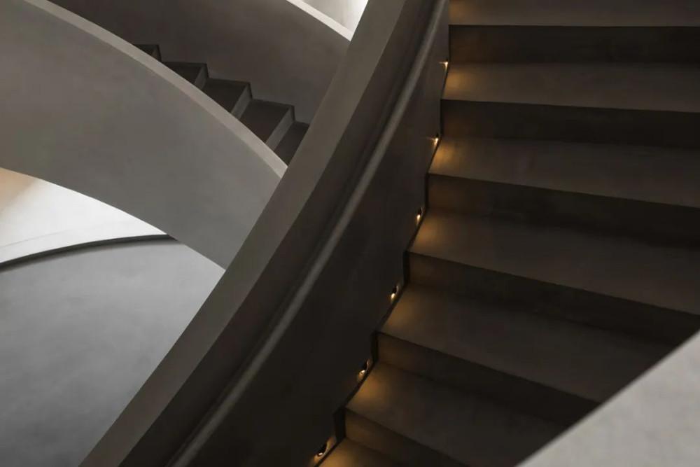 时尚前卫设计的烤鸭店,缔造无限可能的灰度空间 | 本末空间设计_实景图28.jpg
