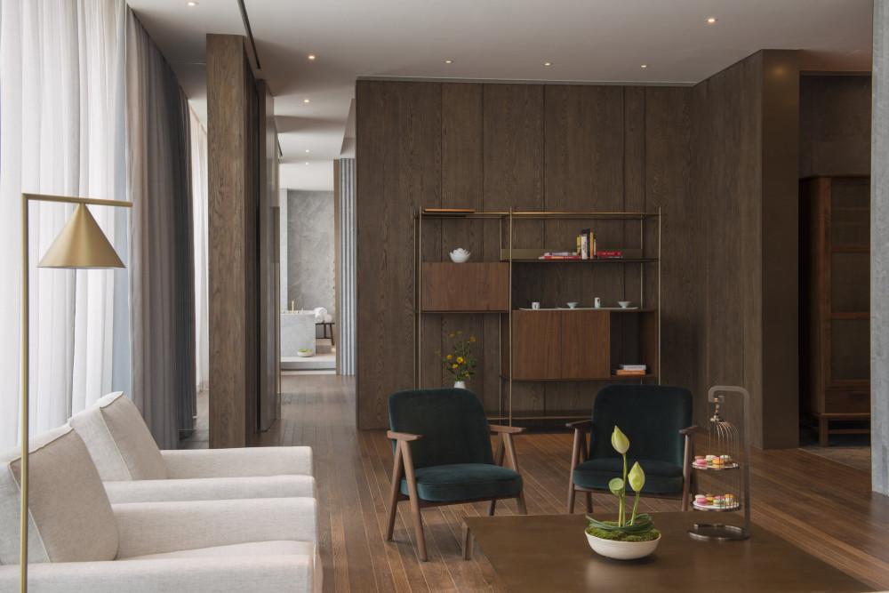 The_Loft_Suite_-_Living_room_S.jpg