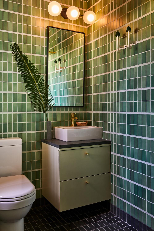 Nicole-Franzen-Bathroom_1_007.jpg