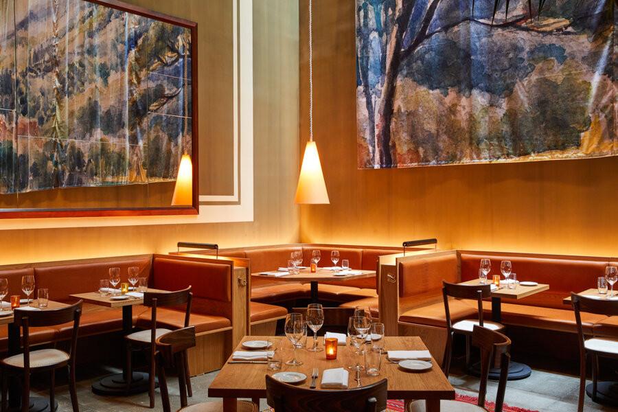 08_Felcie_Interiors_Dining_Room_010.jpg