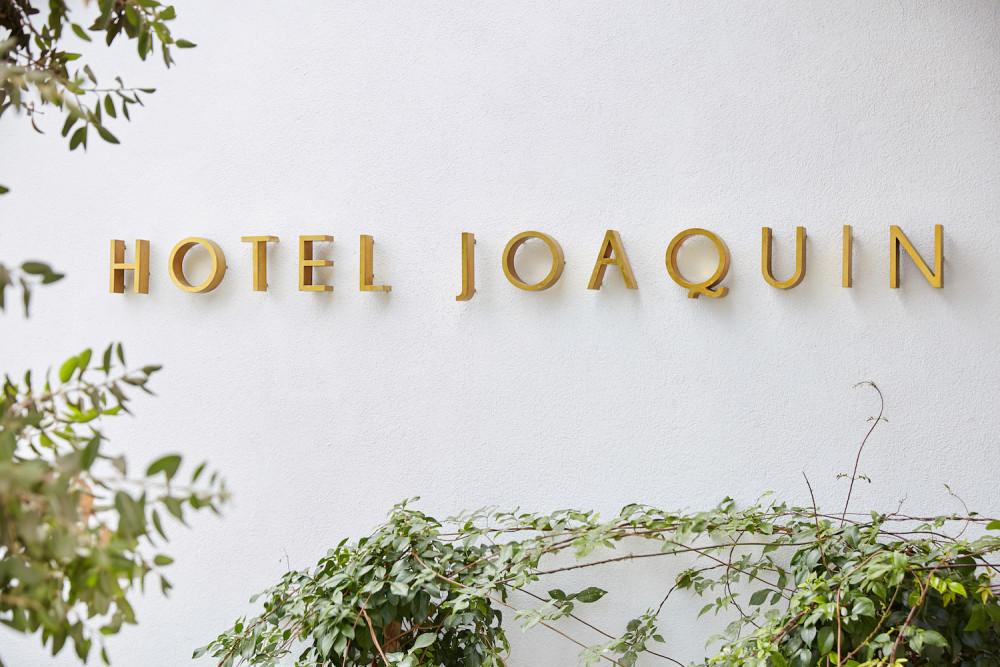 Hotel_Joaquin_Entry_sign.jpg
