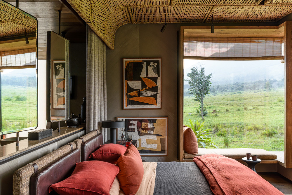 Singita-Kwitonda-Lodge-Suite-2.jpg
