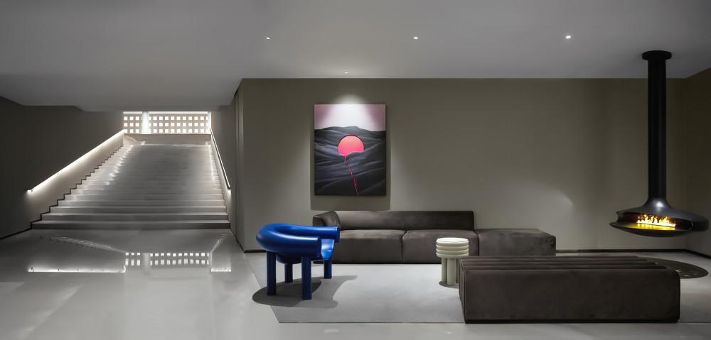 北京水裹汤泉-对角线-01-壁炉楼梯.jpg