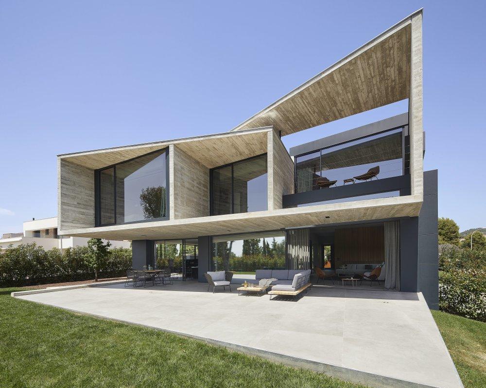 巴塞罗那优雅透明的住宅 | Joan Folch_vsszan19124131450392.jpg